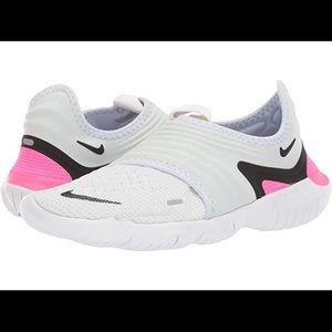 Nike Women's Free RN Flyknit 3.0 Running Shoes!!
